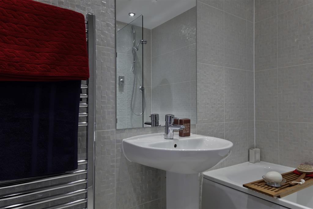 Image of a Taylor Wimpey Bathroom