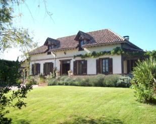 Country House for sale in Trie Sur Baise...