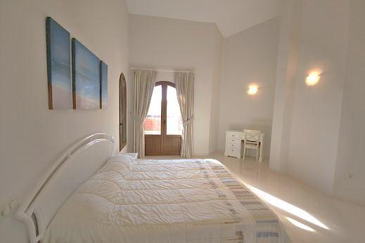Bedroom to Jacuzzi