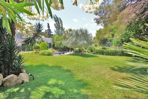 Garden to Villa