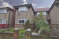 Maisonette for sale in Berkeley Close...