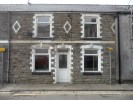 2 bed Terraced property in Vivian Street...