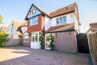 4 bed Detached property in Shoreham
