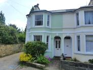 3 bed property in Woodbury Park Road...