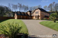 6 bedroom Detached property for sale in Mowson Hollow, Worrall...