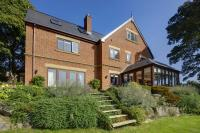 7 bedroom Detached house in MAYFIELDS Sheffield...