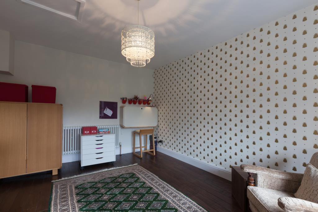 Play Room/Bedroom 4