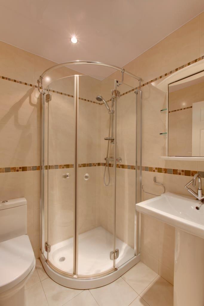 Bedroom 5 En-Suite S