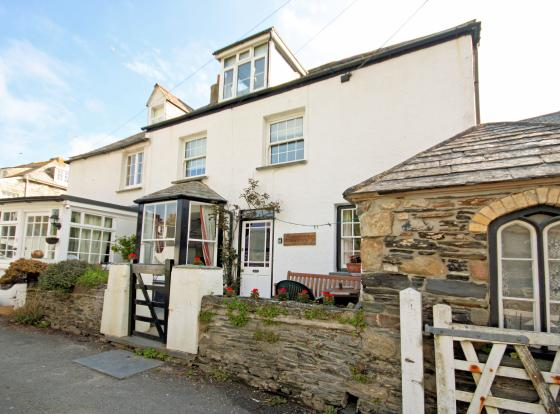 4 Bedroom House For Sale In Geranium Cottage 31 Middle