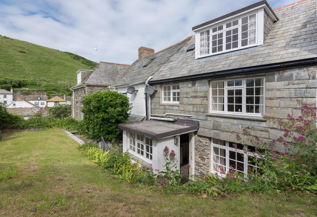 3 Bedroom Cottage For Sale In 24 Dolphin Street Port