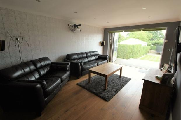 Lounge with Ga...