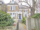 Flat in Queens Drive, London