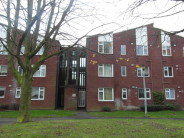 Flat to rent in Dalford Court...