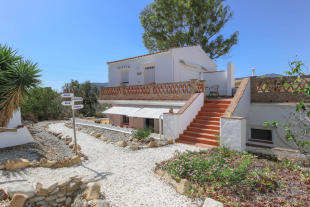 3 bed Detached property for sale in Andalusia, M�laga, �lora