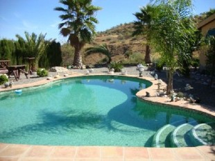 Detached property in Andalusia, M�laga, Co�n