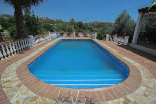 Villa for sale in Andalusia, M�laga, Co�n