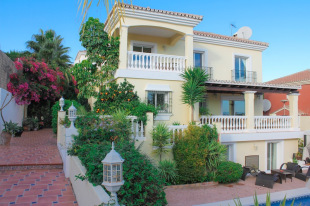 4 bedroom Detached property for sale in Andalusia, M�laga, Co�n