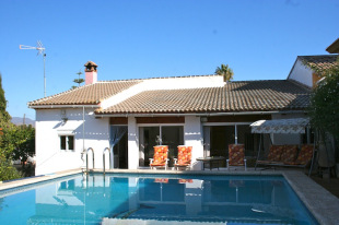 3 bed Detached home in Andalusia, M�laga...