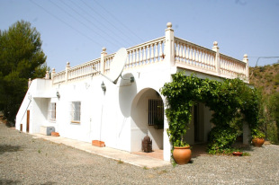 2 bed Detached home in Andalusia, M�laga...