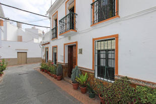 3 bedroom Town House in Guaro, Málaga, Andalusia