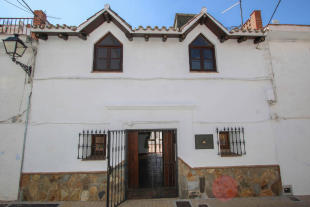 3 bedroom Town House in Monda, Málaga, Andalusia