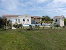 2 bedroom Detached property in Aquitaine...