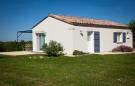 2 bedroom Bungalow in Duras, Lot-et-Garonne...