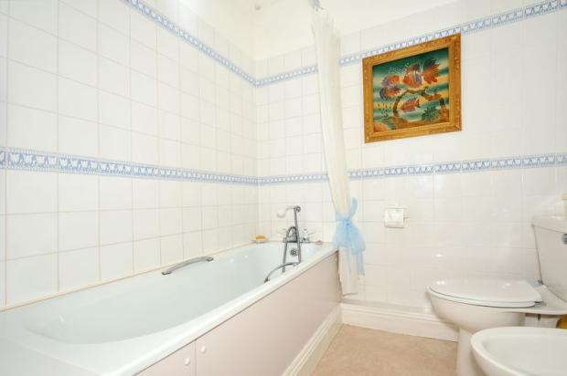 E-Suite bathroom