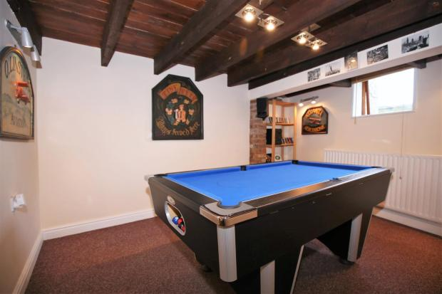 CELLAR / GAMES ROOM