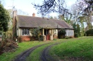 3 bed Detached Bungalow in East Wellow