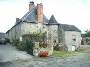 semi detached house in MARCILLE LA VILLE ...