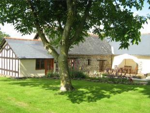 6 bed Detached house for sale in MAYENNE ...