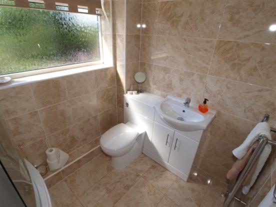 Bathroom/Wc Cont'd