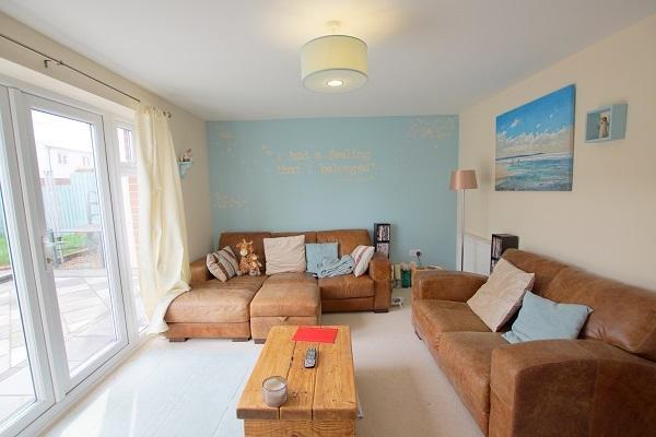 Property For Sale  Bryn Celyn Llanharry