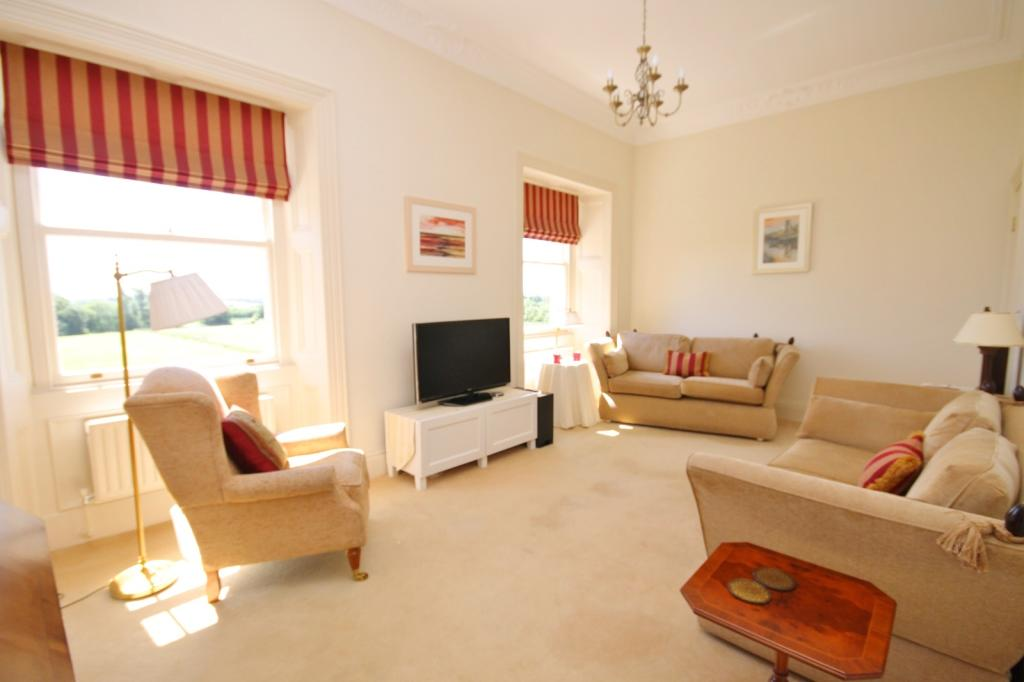 Bedroom 2/TV Lounge