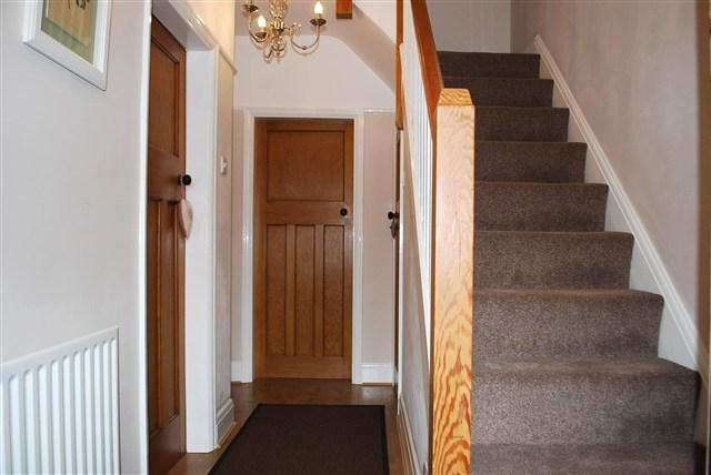 3 bedroom semi detached house for sale in fairholme road for Bathroom design 1930 s home