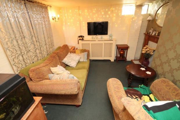Lower level lounge