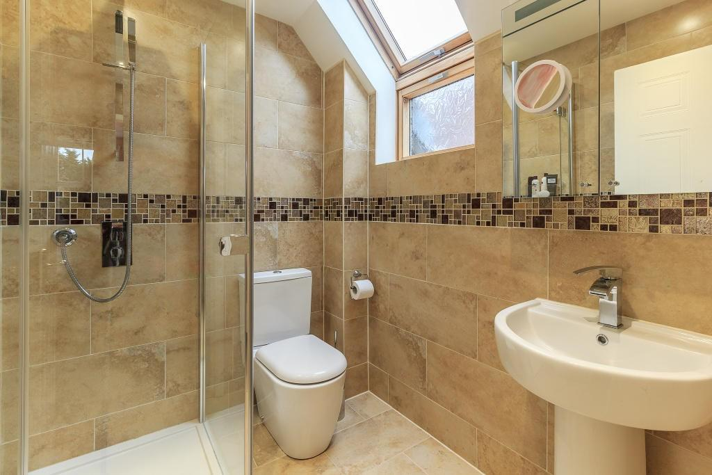 End-suite Bathroom