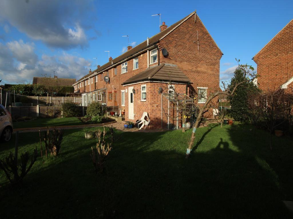 3 bedroom property for sale in sycamore grove cantley
