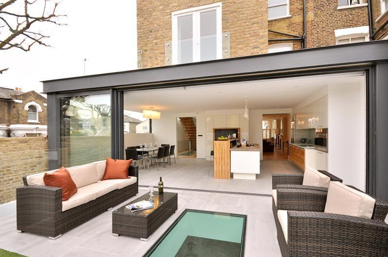 6 bedroom terraced house for sale in ramsden road london for Kitchen ideas rightmove