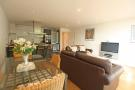 2 bedroom Flat in Chiswick High Road...