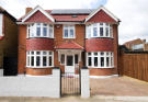 5 bedroom Detached house in Erlesmere Gardens, Ealing