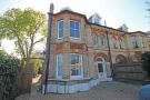 Flat to rent in Hanworth Road, Hampton...