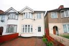 3 bed house in Little Park Drive...