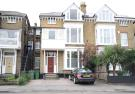 2 bedroom Flat to rent in Hampton Court...