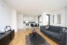 2 bed Flat in Putney Square...