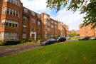 4 bed Flat for sale in Highlands Heath, Putney...