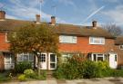 2 bed property in Vivienne Close...