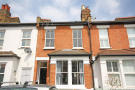 3 bed property in York Road, Teddington