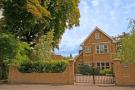 4 bed home to rent in Broom Road, Teddington